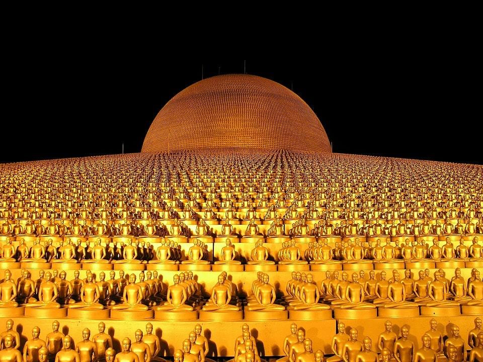 Wat Phra Dhammakaya, Bangkok