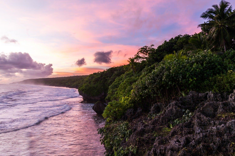 Niue, Küste bei Sonnenuntergang © Jonathan Irish_SPTO