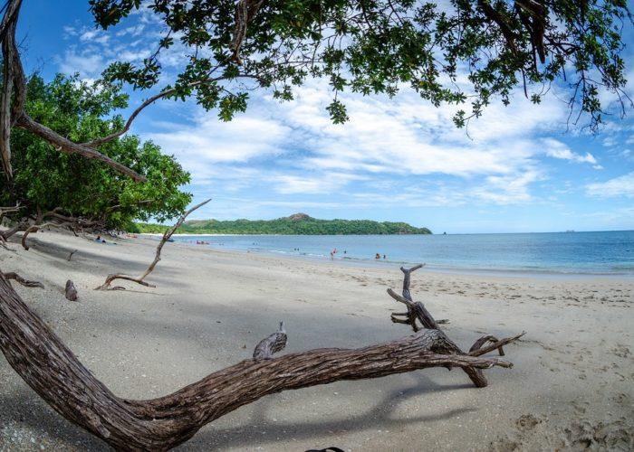 Playa Conchal © Lindsay Loucel on Unsplash