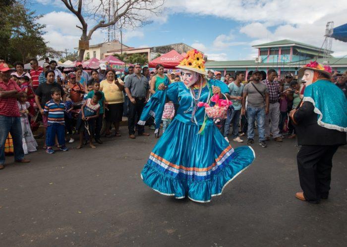 Fiestas a San Sebastián. Diriamba, Carazo, Nicaragua © Roberto Zuniga on Unsplash