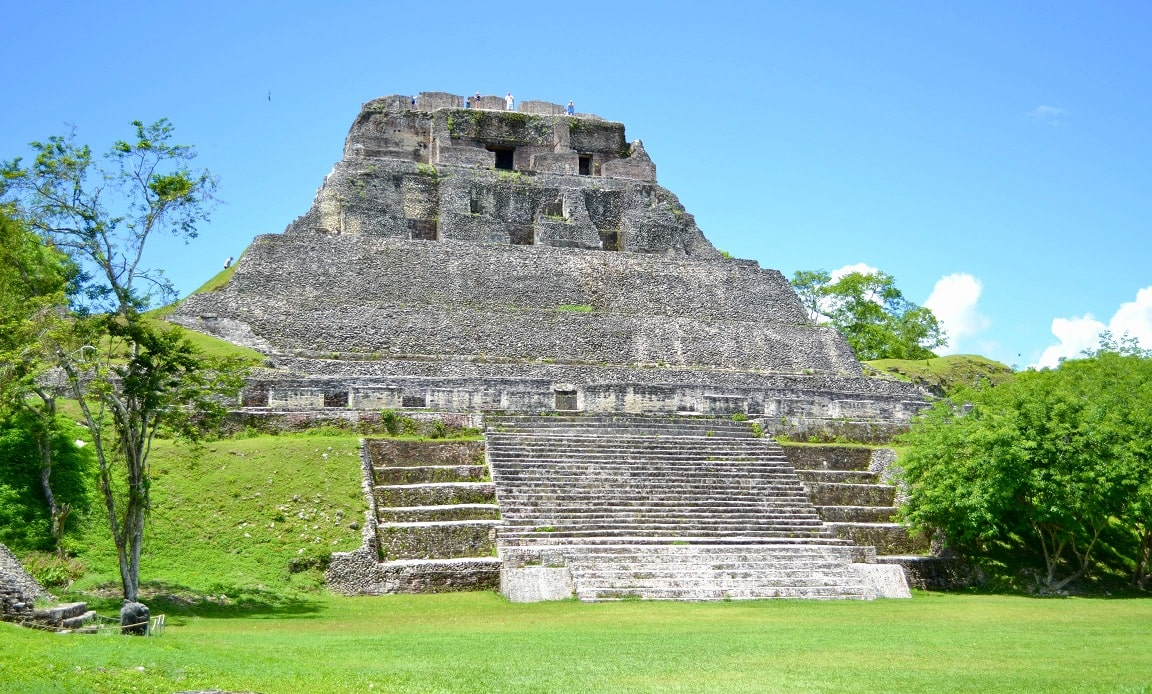 Maya Ruinen, Xunantunich, Belize © Stephanie Klepacki on Unsplash