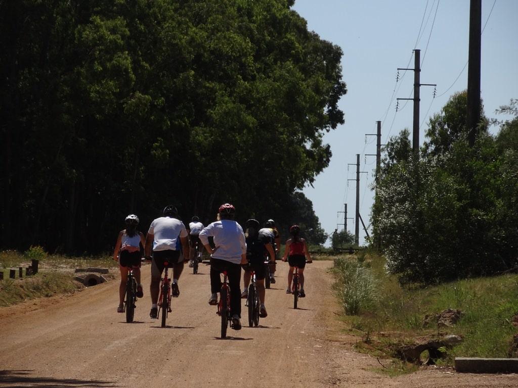 Biking, Uruguay © Lares