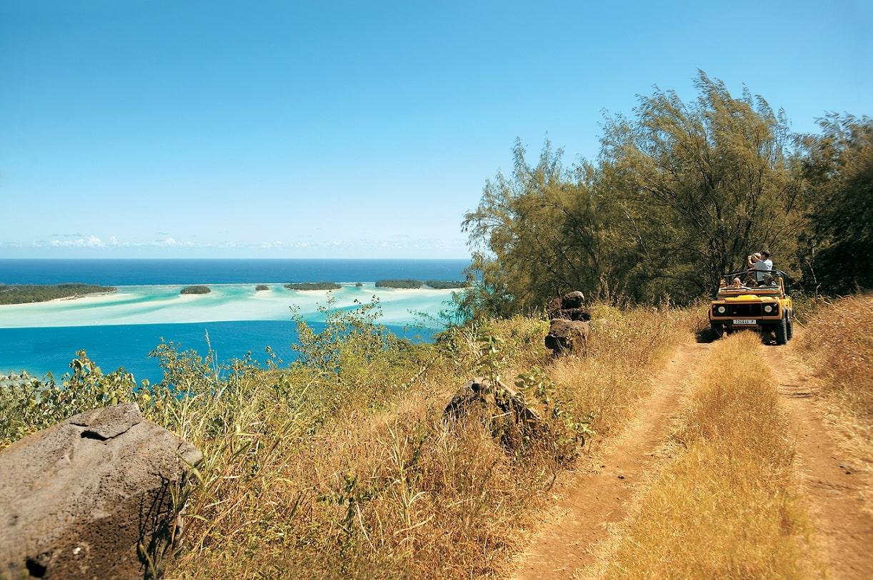 Bora Bora Jeep Safari © Pacific Beachcombers-Paul Gauguin Cruises