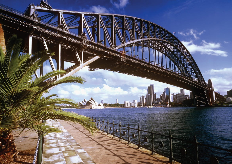 Harbour Bridge, Sydney © AAT Kings