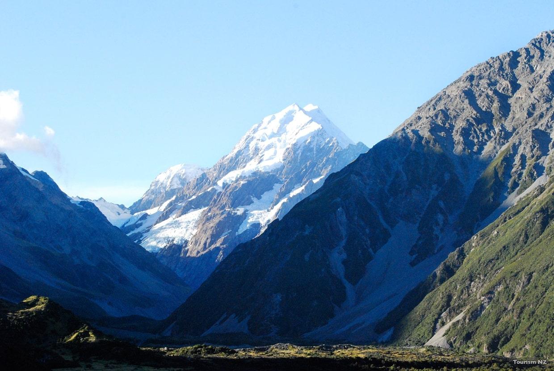 Hooker Valley, Aoraki-Mount Cook © Tourism New Zealand
