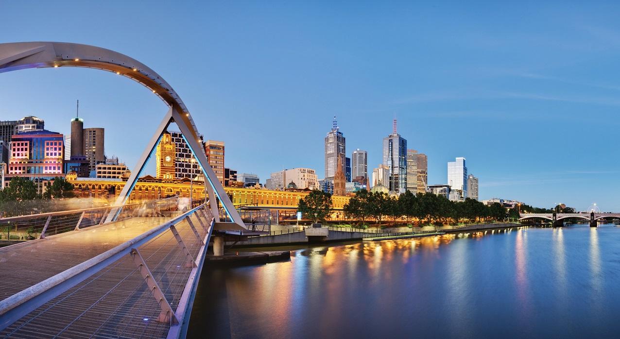 Melbourne, Yarra River © AAT Kings