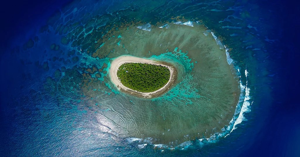 Luahoko Island, Robinson Crusoe, Tonga