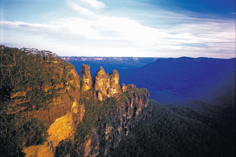 Three Sisters, Blue Mountains © AAT Kings