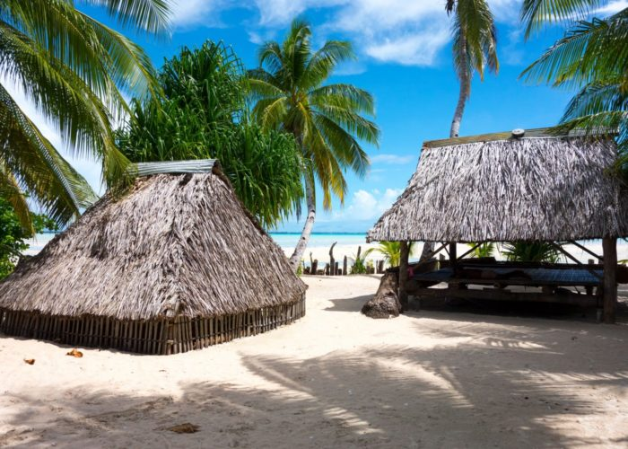 Bungalows, Kiribati © David Kirkland_SPTO